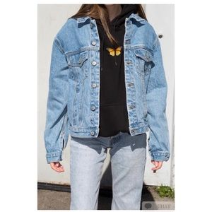 Brandy Melville light wash Kaylee Denim Jacket.